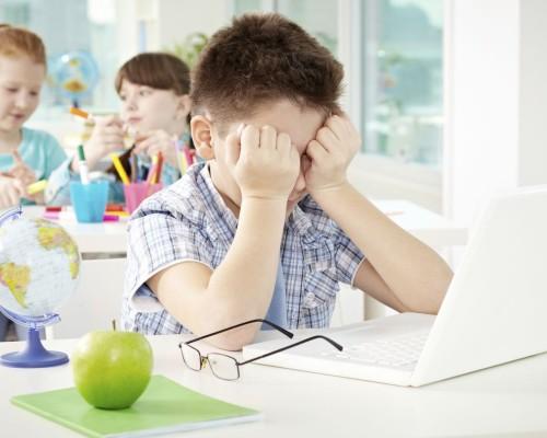 Stresul ii afecteaza si pe copii