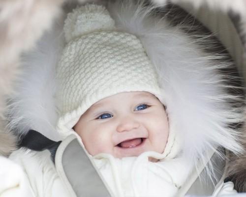 Sfaturi pentru a avea grija de pielea bebelusului in zilele de iarna
